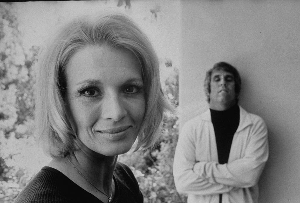 Burt Bacharach and his wife Angie Dickinson in May 1974   Photo: Getty Images