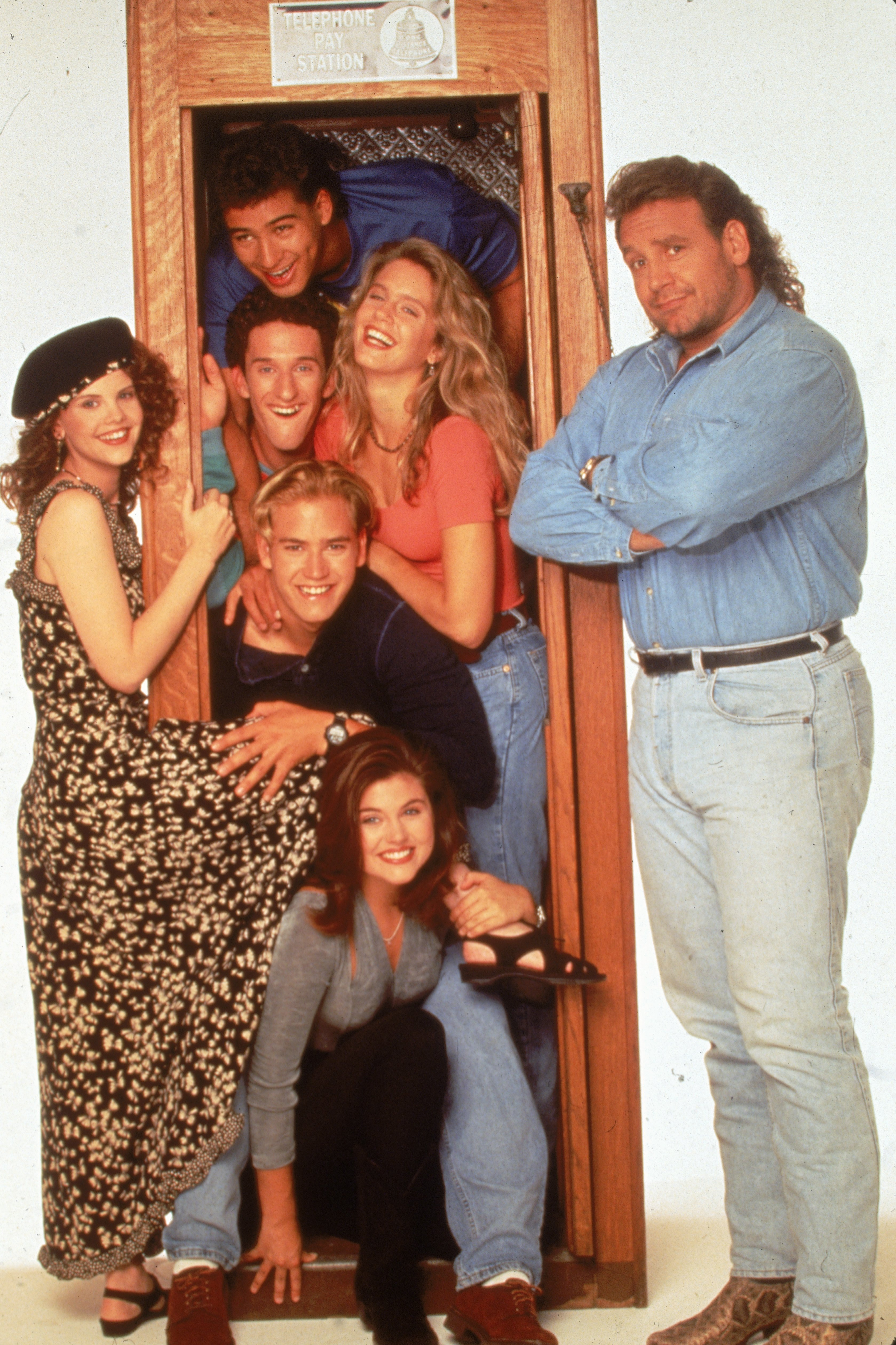 """The cast of one of several """"Saved By The Bell"""" spinoffs """"The College Years"""", 1993.   Photo: Getty Images."""
