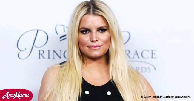Jessica Simpson was spotted covering stomach in baggy sweats amid pregnancy rumors