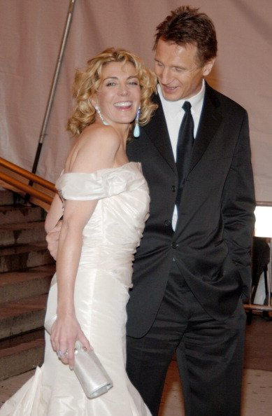 Natasha Richardson and Liam Neeson at The Metropolitan Museum of Art in New York. | Photo: Getty Images