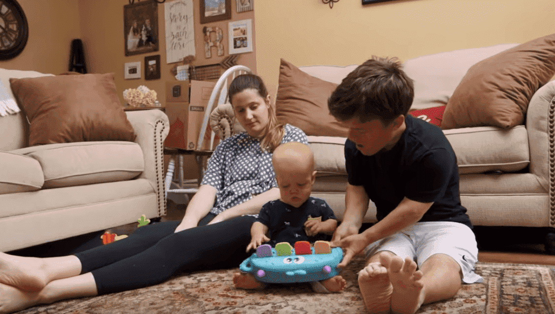 "Tori, Zach, and their son Jackson during an episode of ""Little People, Big World."" 