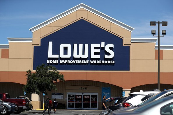 An exterior view of a Lowe's hoe improvement store on August 21, 2019 in San Bruno, California | Photo: Getty Images