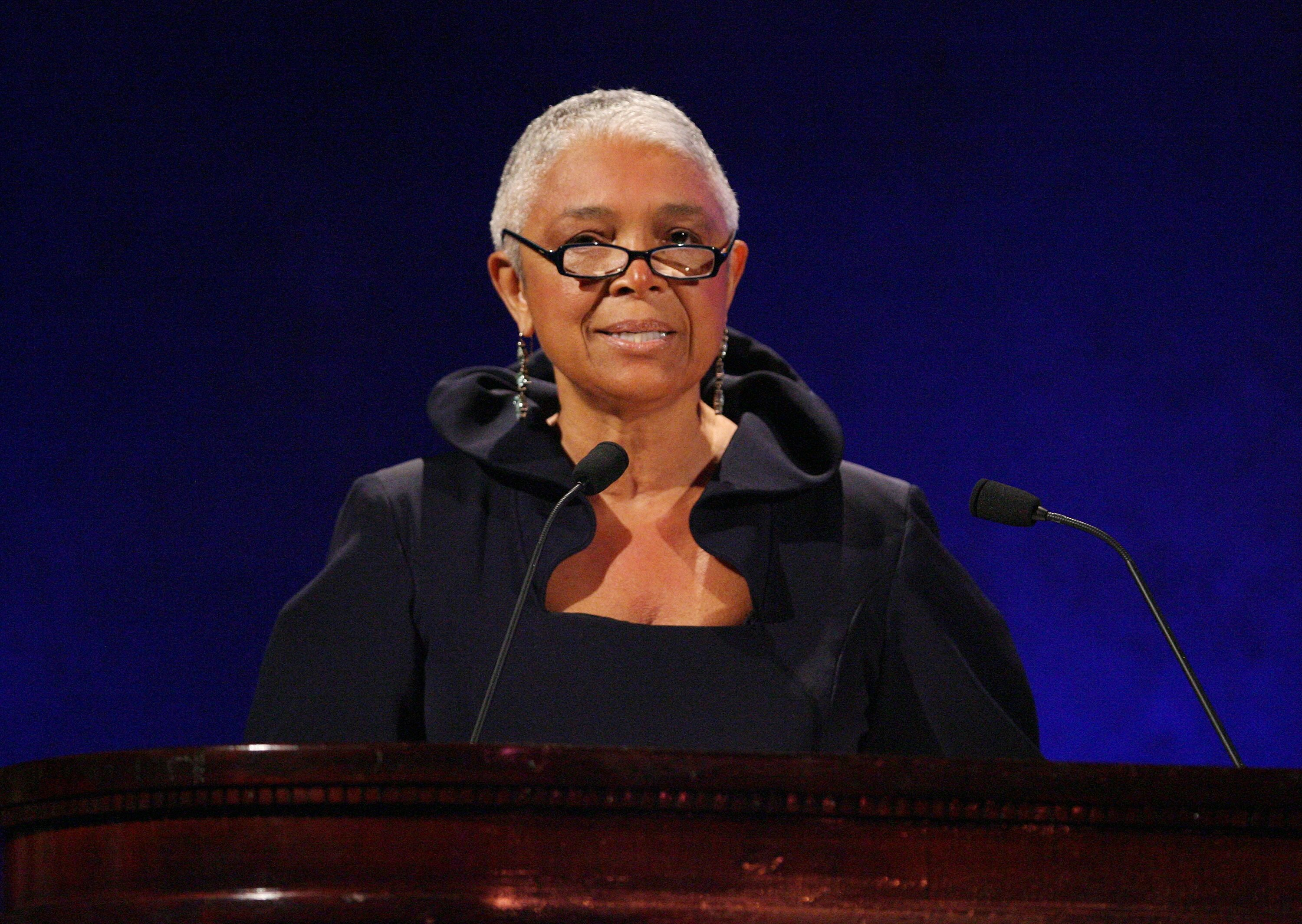 Dr. Camille Cosby speaks on stage at the 35th Anniversary of the Jackie Robinson Foundation hosted by Bill Cosby at the Waldorf Astoria hotel on March 3, 2008 in New York  | Source: Getty Images