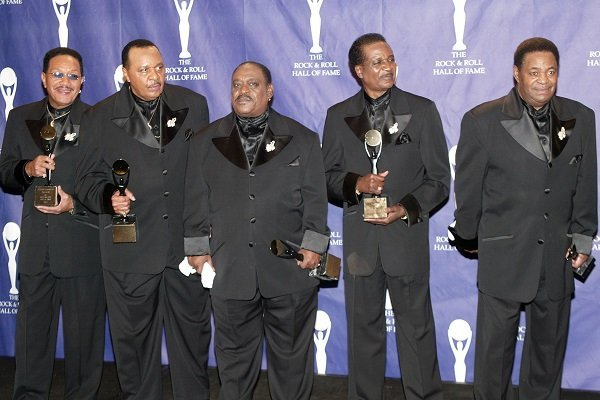 The Dells (Charles Barksdale is the second from left to right) at the Waldorf Astoria Hotel March 15, 2004 in New York City | Source: Getty Images