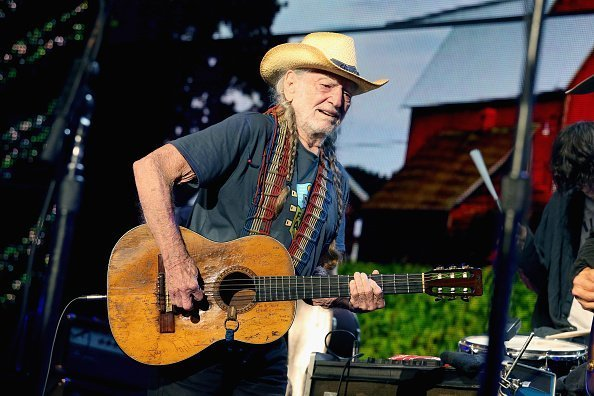 Willie Nelson performs in concert during Farm Aid 34 at Alpine Valley Music Theatre on September 21, 2019 in East Troy, Wisconsin | Photo: Getty Images