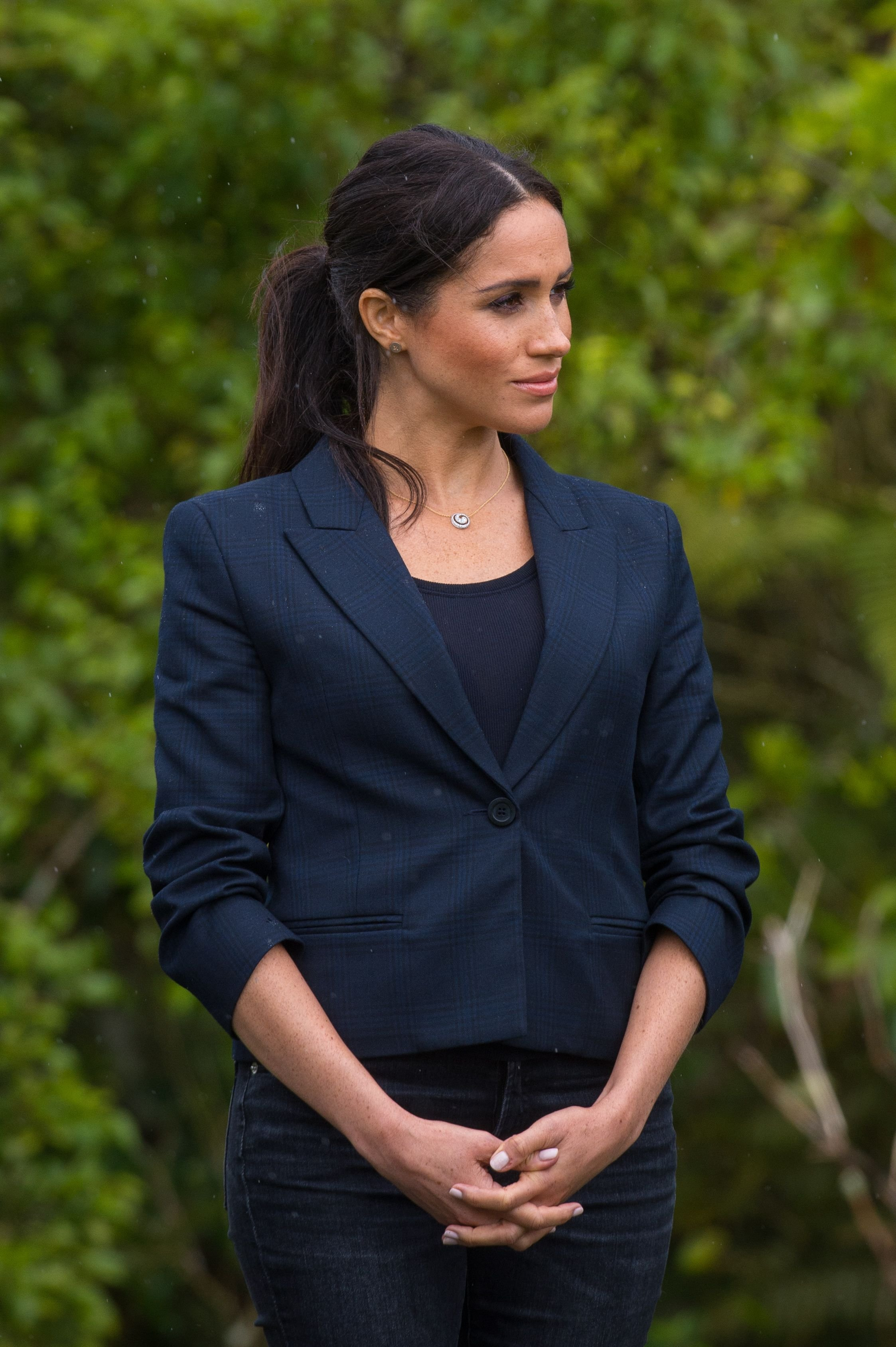 Duchess Meghan at the unveiling of The Queen's Commonwealth Canopy in Redvale on October 30, 2018, in Auckland, New Zealand | Photo: Dominic Lipinski - Pool/Getty Images