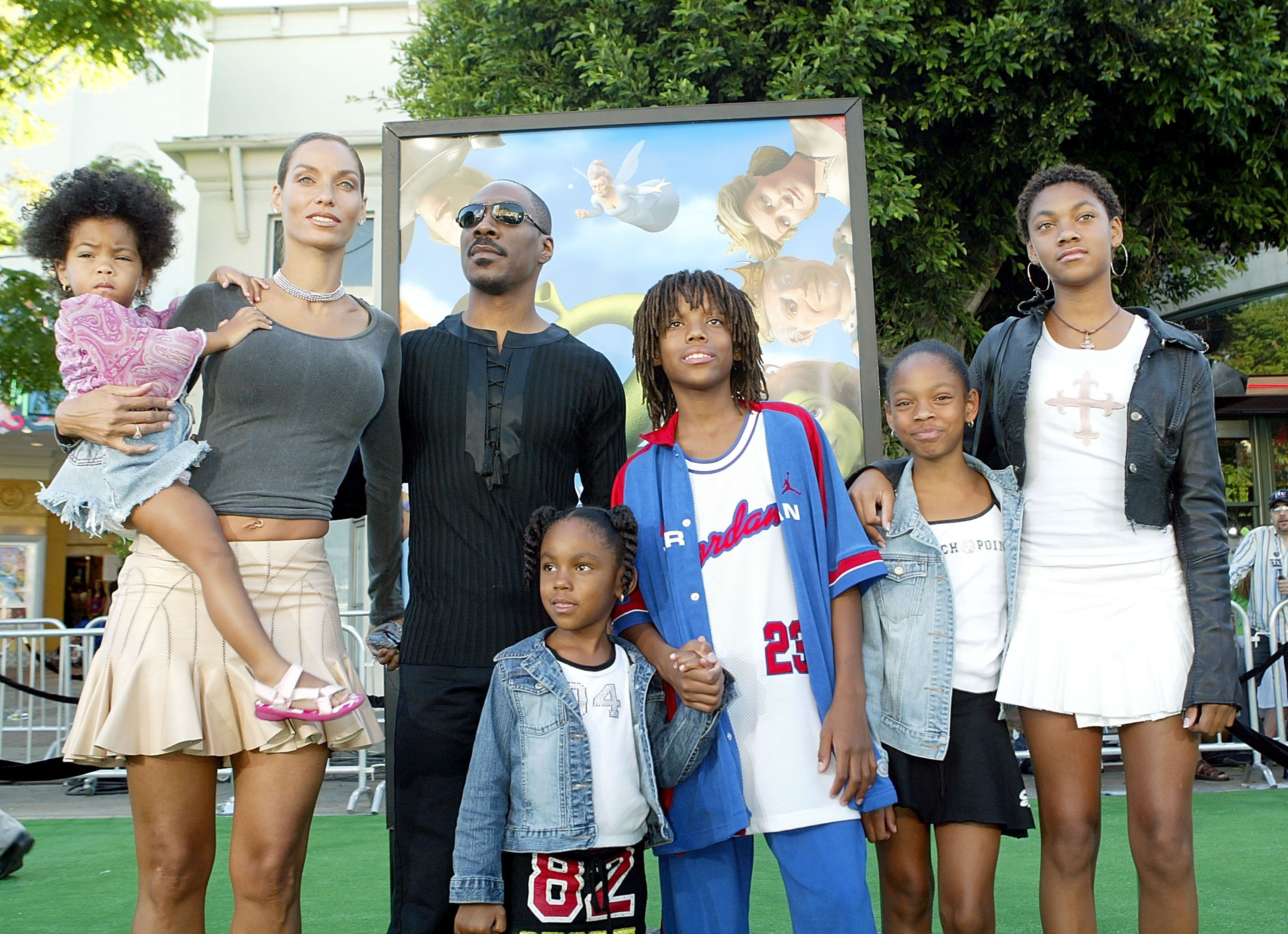 """Eddie and Nicole Murphy and family at the Los Angeles premiere of """"Shrek 2"""" in 2004 