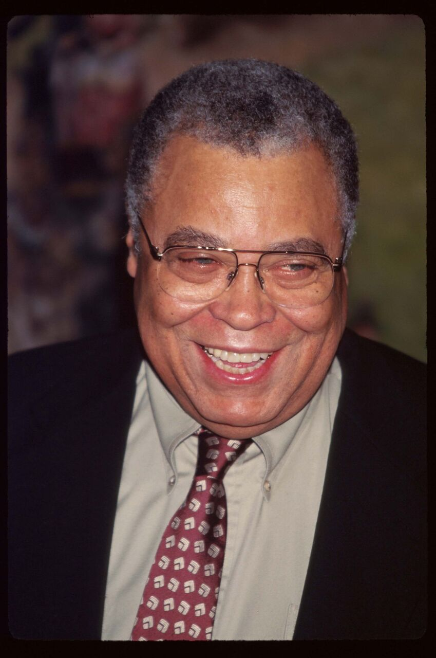 James Earl Jones smiles for a portrait photo. | Source: Getty Images