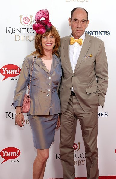 Lori Weintraub and Miguel Ferrer at Churchill Downs on May 2, 2015 in Louisville, Kentucky. | Photo: Getty Images