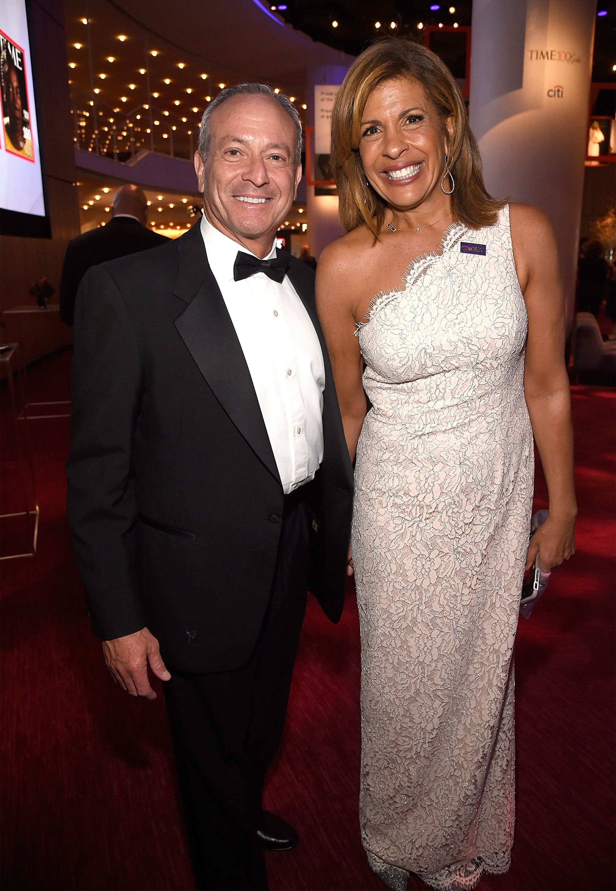Joel Schiffman and Hoda Kotb attend the 2018 Time 100 Gala at Jazz at Lincoln Center on April 24, 2018   Photo: Getty Images