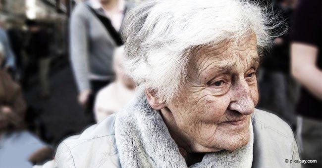Une vieille femme malade gagne à la loterie après que ses enfants l'aient abandonnée, ne voulant pas prendre soin d'elle