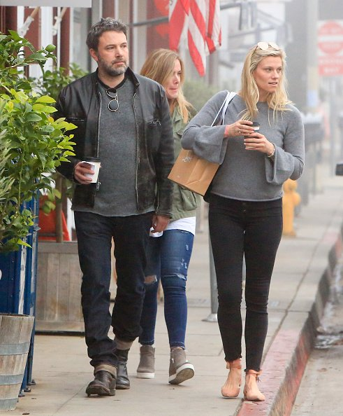 Ben Affleck and Lindsay Shookus are seen on January 05, 2018 in Los Angeles, California. | Photo: Getty Images