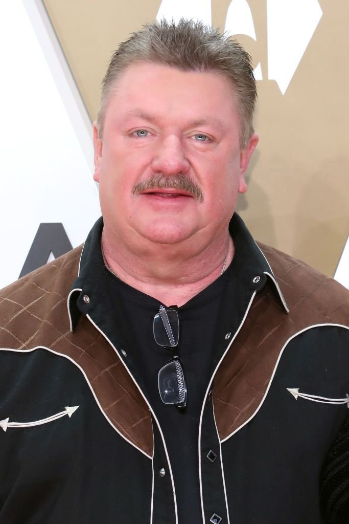 Joe Diffie attends the 53nd annual CMA Awards at Bridgestone Arena on November 13, 2019 in Nashville, Tennesse | Photo: Getty Images