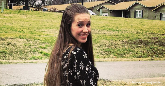 Jill Duggar Gets Mom-Shamed for Putting Her Little Son in an Unsafe Position in a Car Seat
