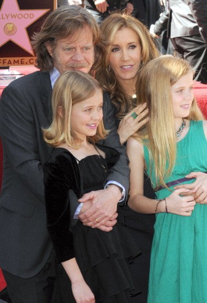 William H. Macy and actress Felicity Huffman with daughters Sophia and Georgia at the William H. Macy And Felicity Huffman Stars ceremony on the Hollywood Walk Of Fame in Hollywood, California.| Photo: Getty Images.