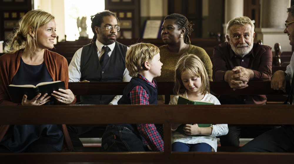 The congregation wondered why the pastor couldn't stop talking. | Photo: Shutterstock