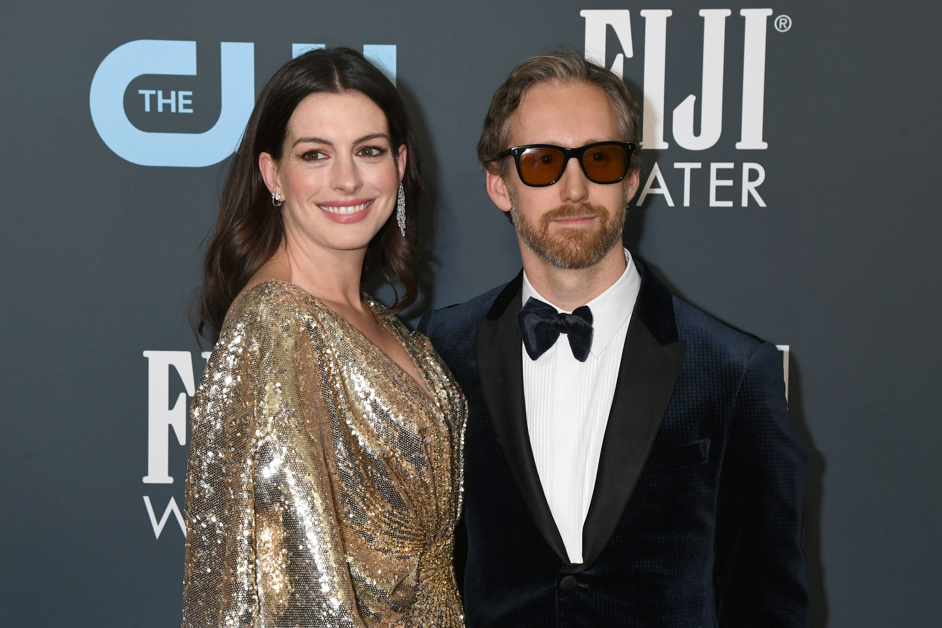 Anne Hathaway and Adam Shulman at the 25th Annual Critics' Choice Awards in January 2020 in Santa Monica   Source: Getty Images