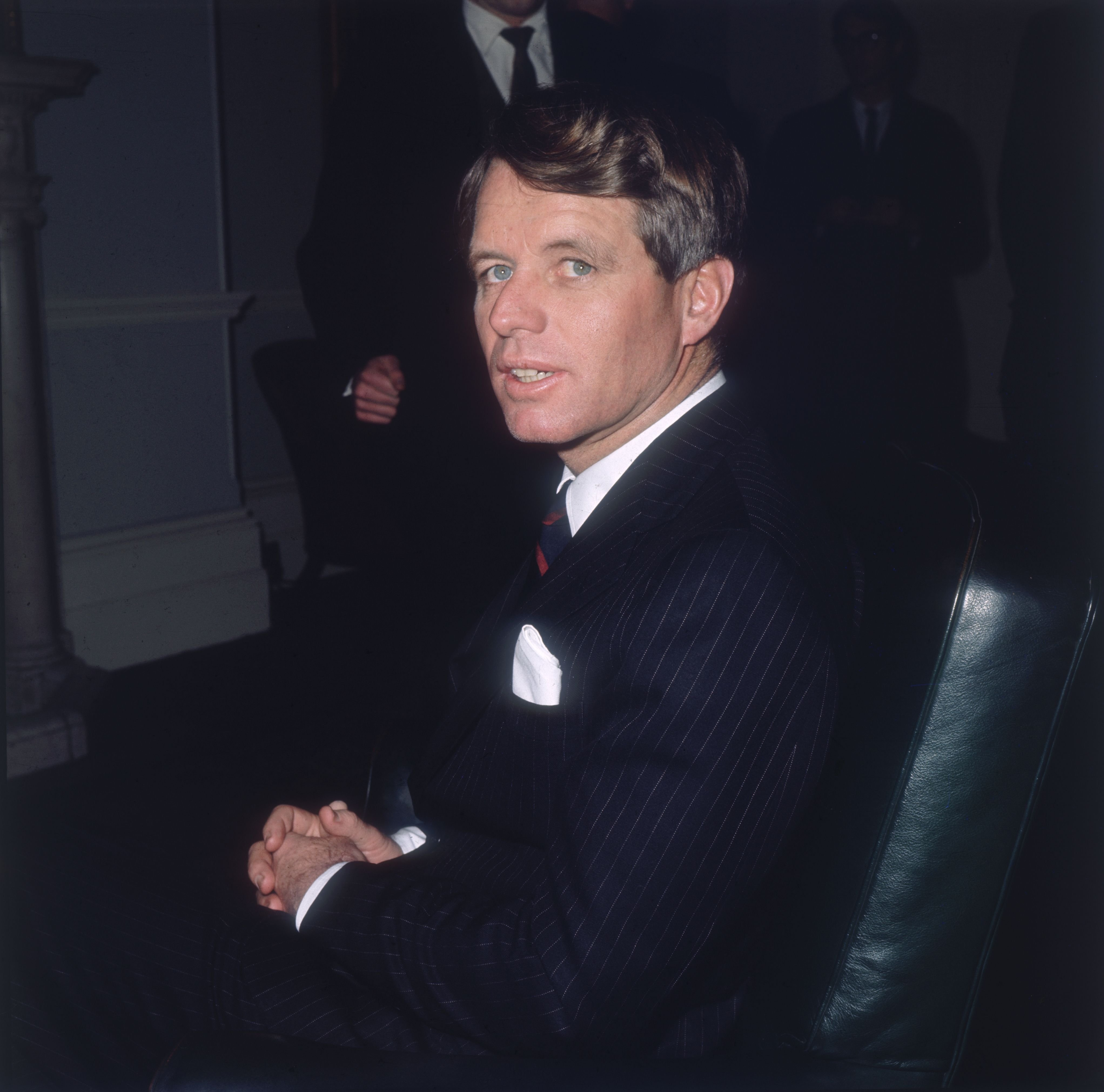 Senator Robert Kennedy (1925 - 1968) during a visit to London, May 1967. | Photo: Getty Images