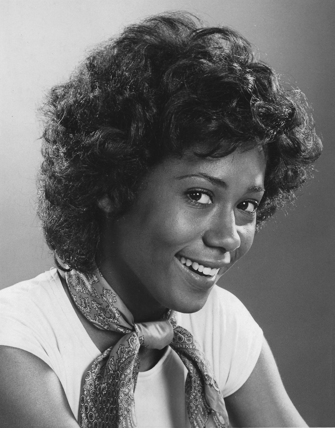 Black and white promotional portrait of Berlinda Tolbert in 1975   Photo: Wikimedia Commons Images, Public Domain