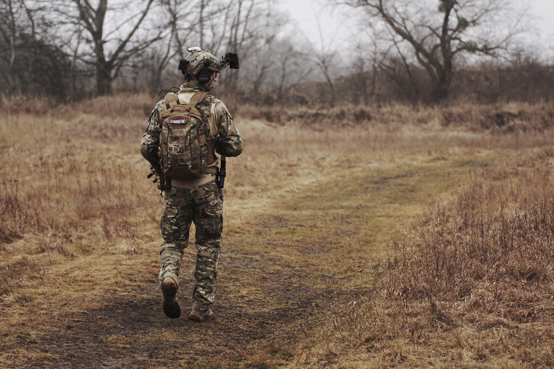 A solider walking alone | Source: Unsplash.com