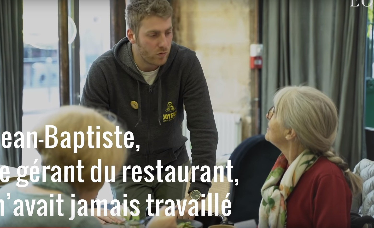 Jean-Baptiste, le gérant du magasin. l Source: YouTube/L'Obs