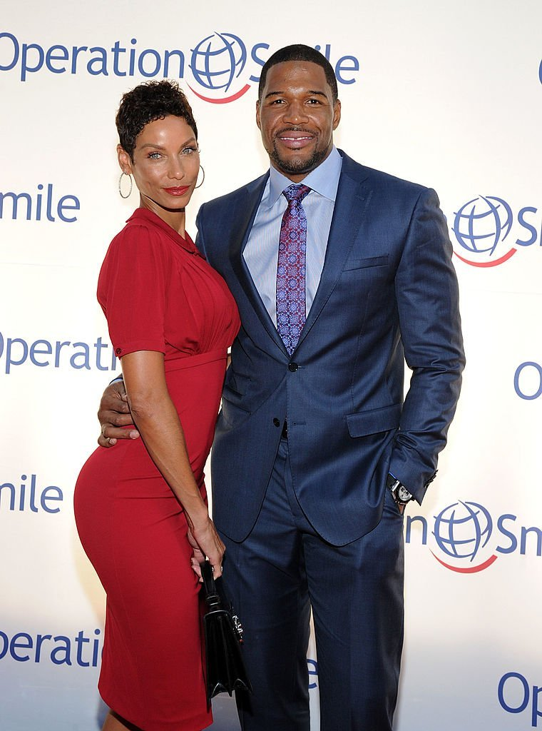 Nicole Murphy and tv personality Michael Strahan attend Operation Smile's Smile Event at Cipriani Wall Street  | Getty Images