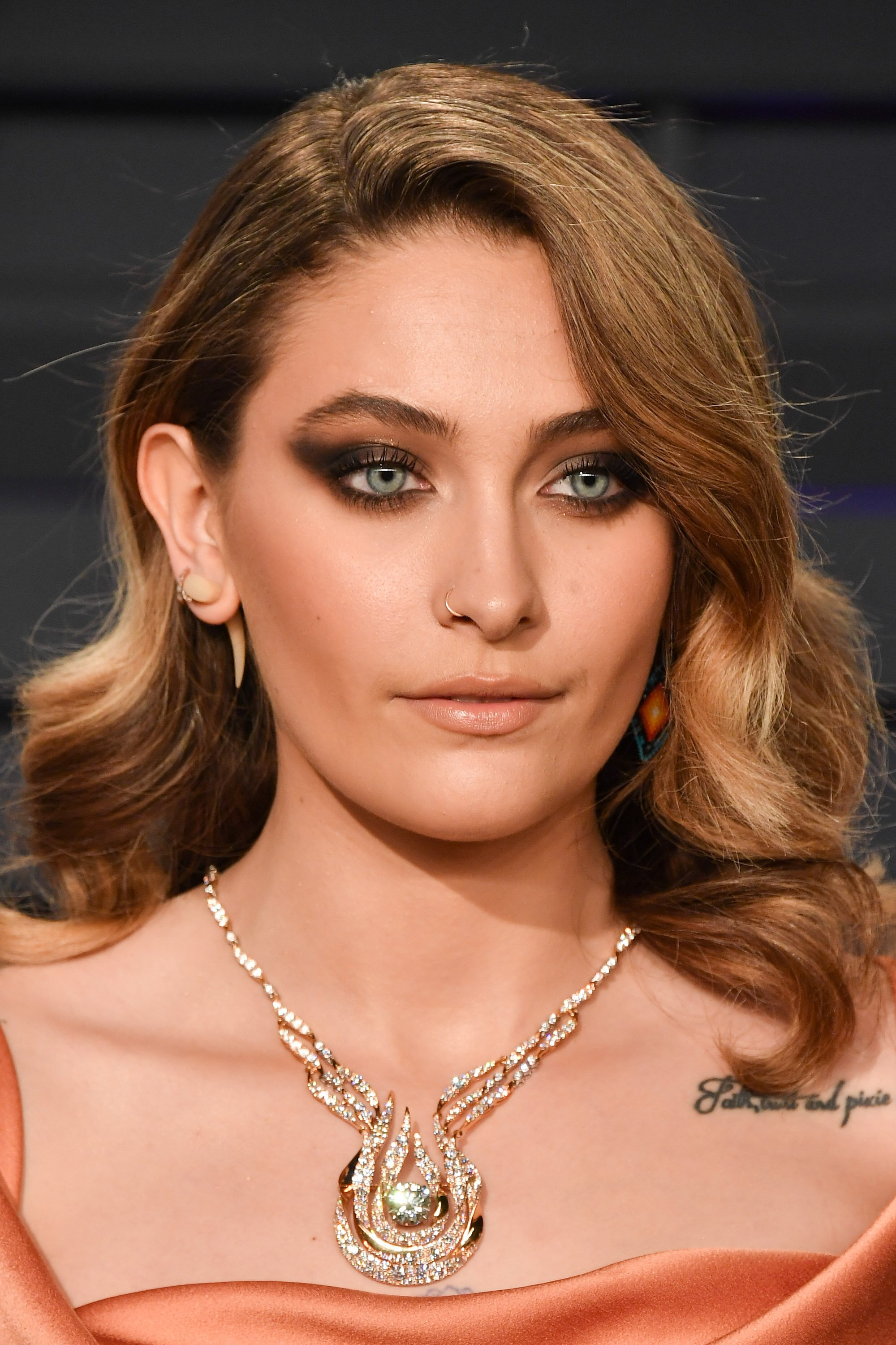 Paris Jackson attends the 2019 Vanity Fair Oscar Party at Wallis Annenberg Center on February 24, 2019 in Beverly Hills, California   Photo: Getty Images