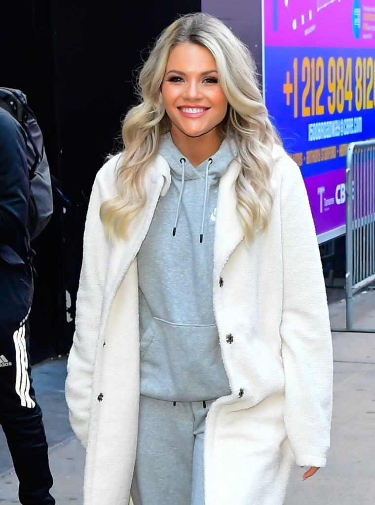 Witney Carson is seen leaving 'Good Morning America' show in Times Square on November 26, 2019. | Photo: Getty Images