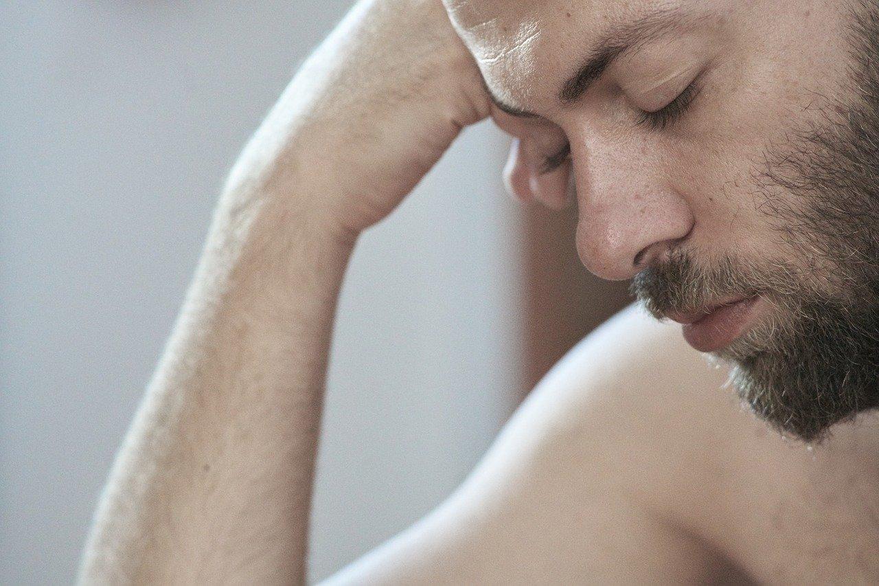 La fatiga es uno de los síntomas de problemas en el hígado   Foto: Pixabay