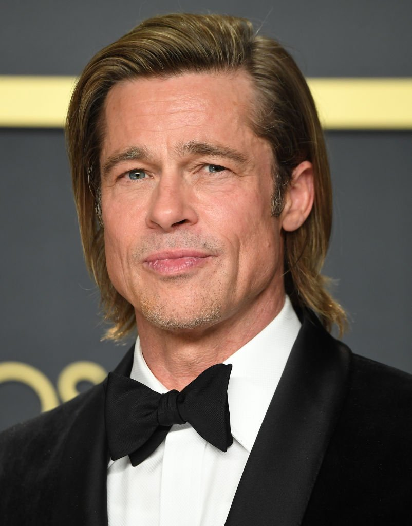 Brad Pitt poses at the 92nd Annual Academy Awards at Hollywood and Highland on February 09, 2020 | Photo: Getty Images