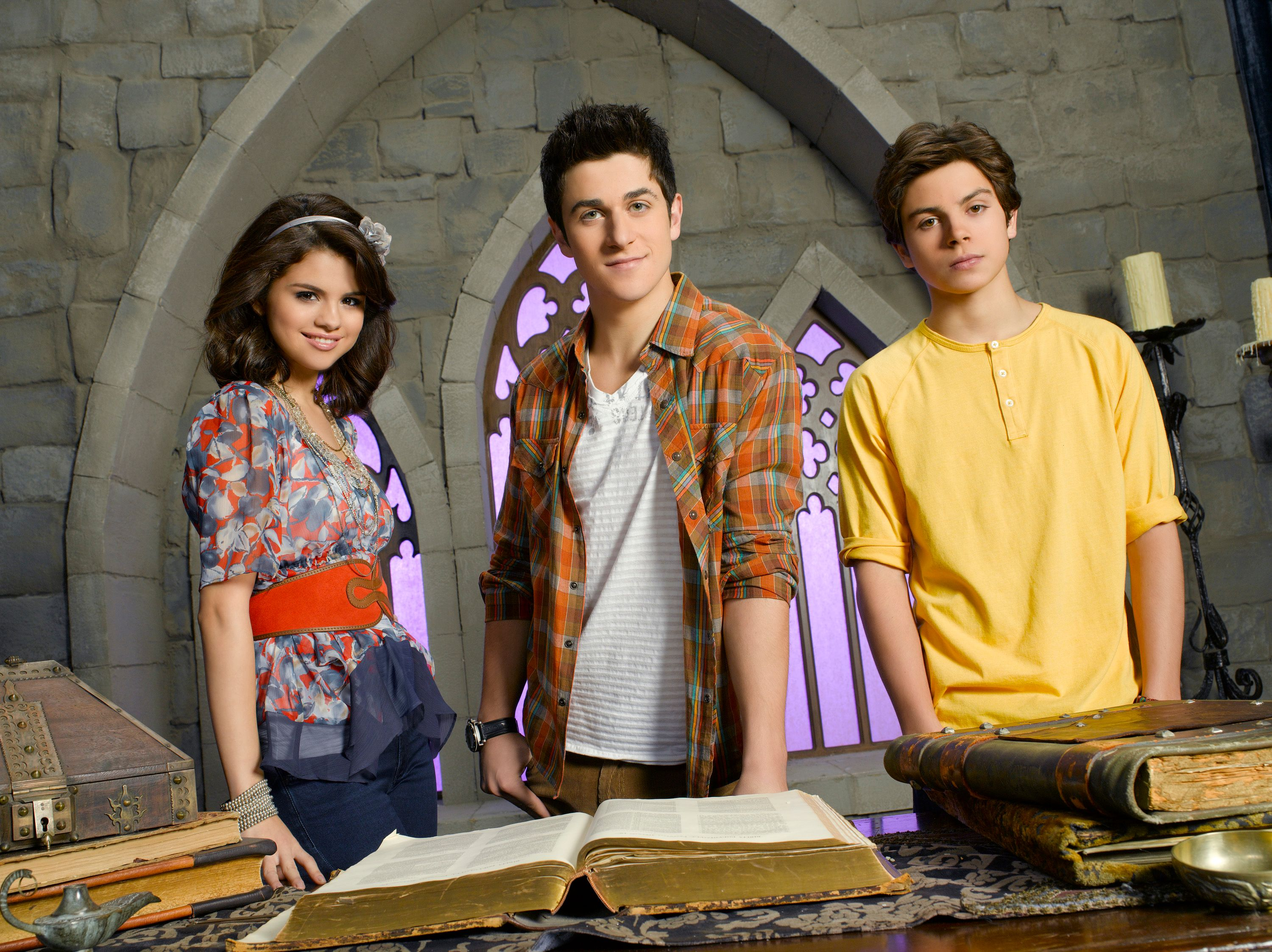 """Selena Gomez, David Henrie and Jake T. Austin on the set of""""The Wizards of Waverly Place"""" 
