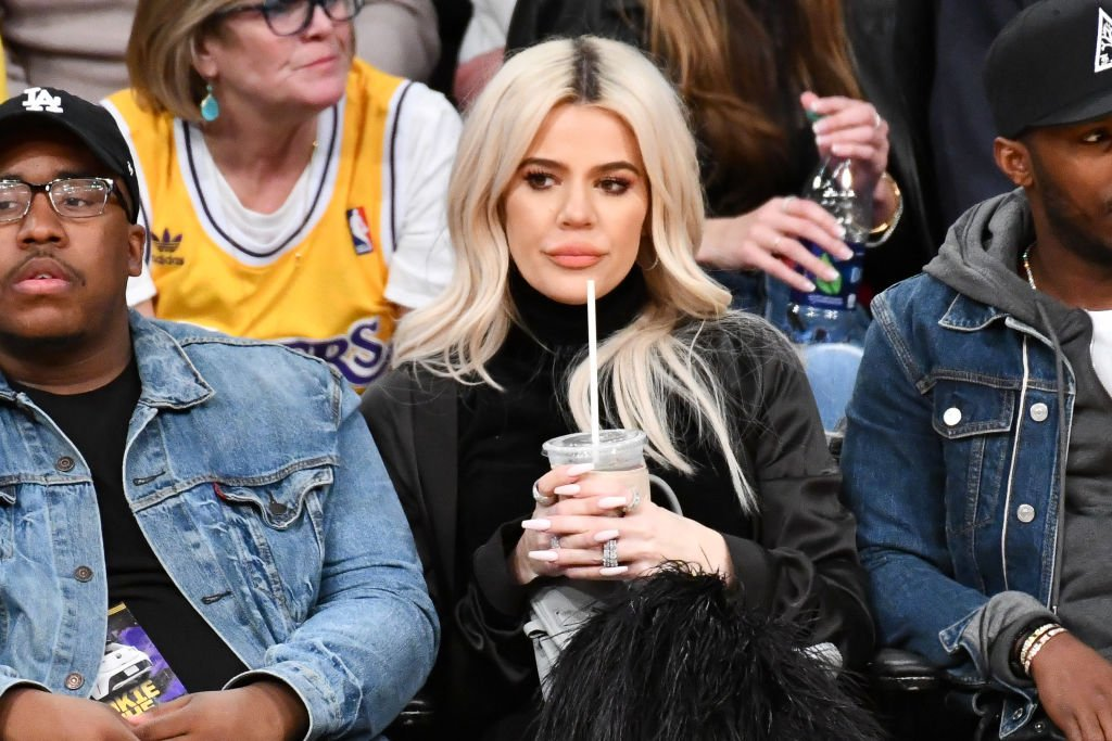 Khloe Kardashian attends a basketball game between the Los Angeles Lakers and the Cleveland Cavaliers, January 2019 | Source: Getty Images