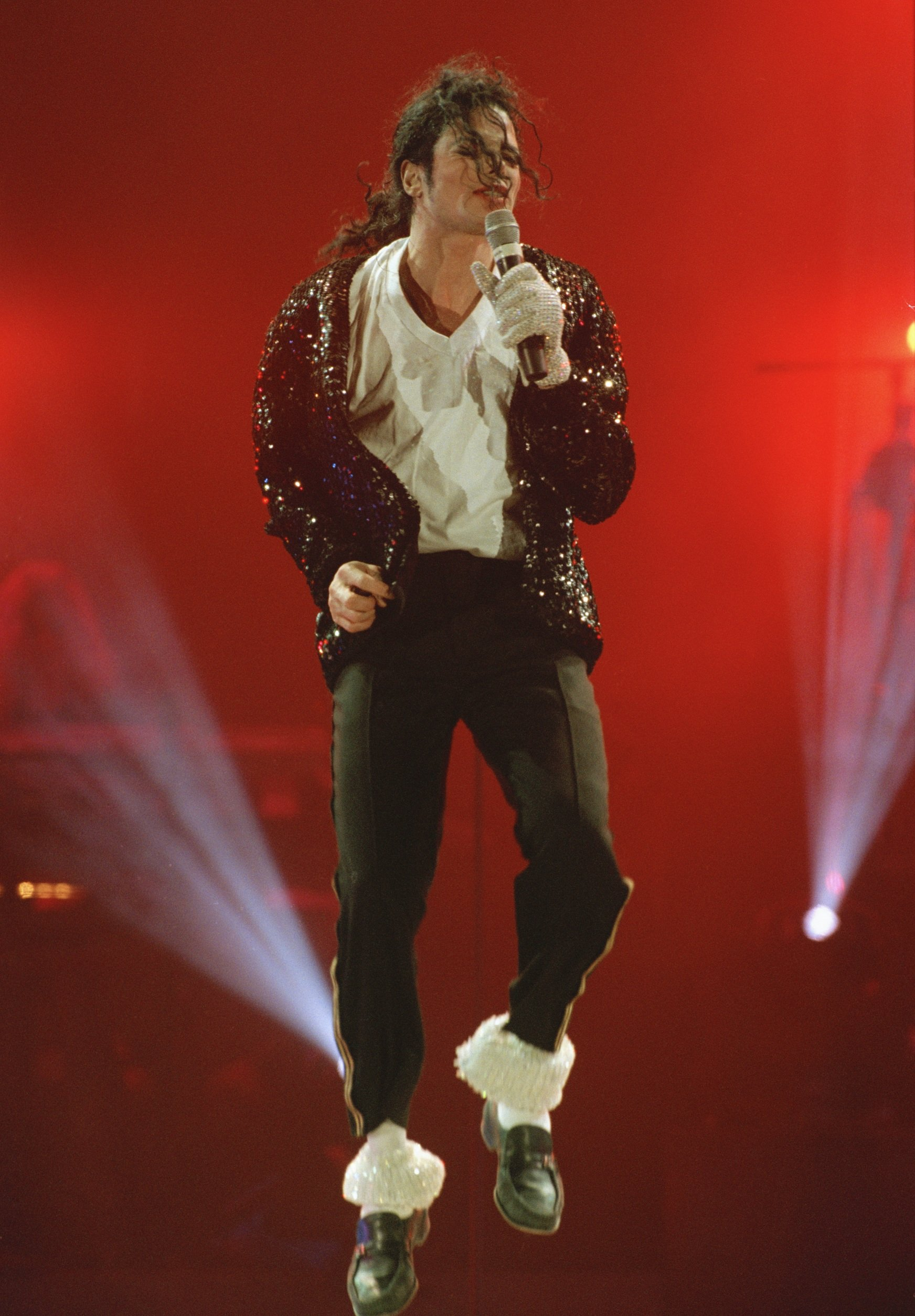 Michael Jackson in concert in Bremen during the HIStory World Tour in 1997. | Photo: Getty Images