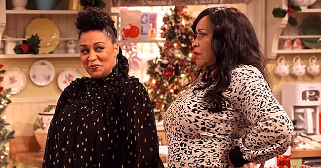 Tia Mowry Reunites with 'Sister, Sister' Mom Jackée Harry in 'Family Reunion' Holiday Special