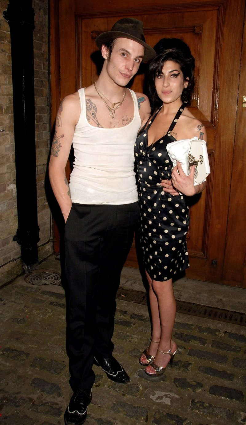 Blake Fielder-Civil and Amy Winehouse on June 18, 2007 in London, England | Photo: Getty Images