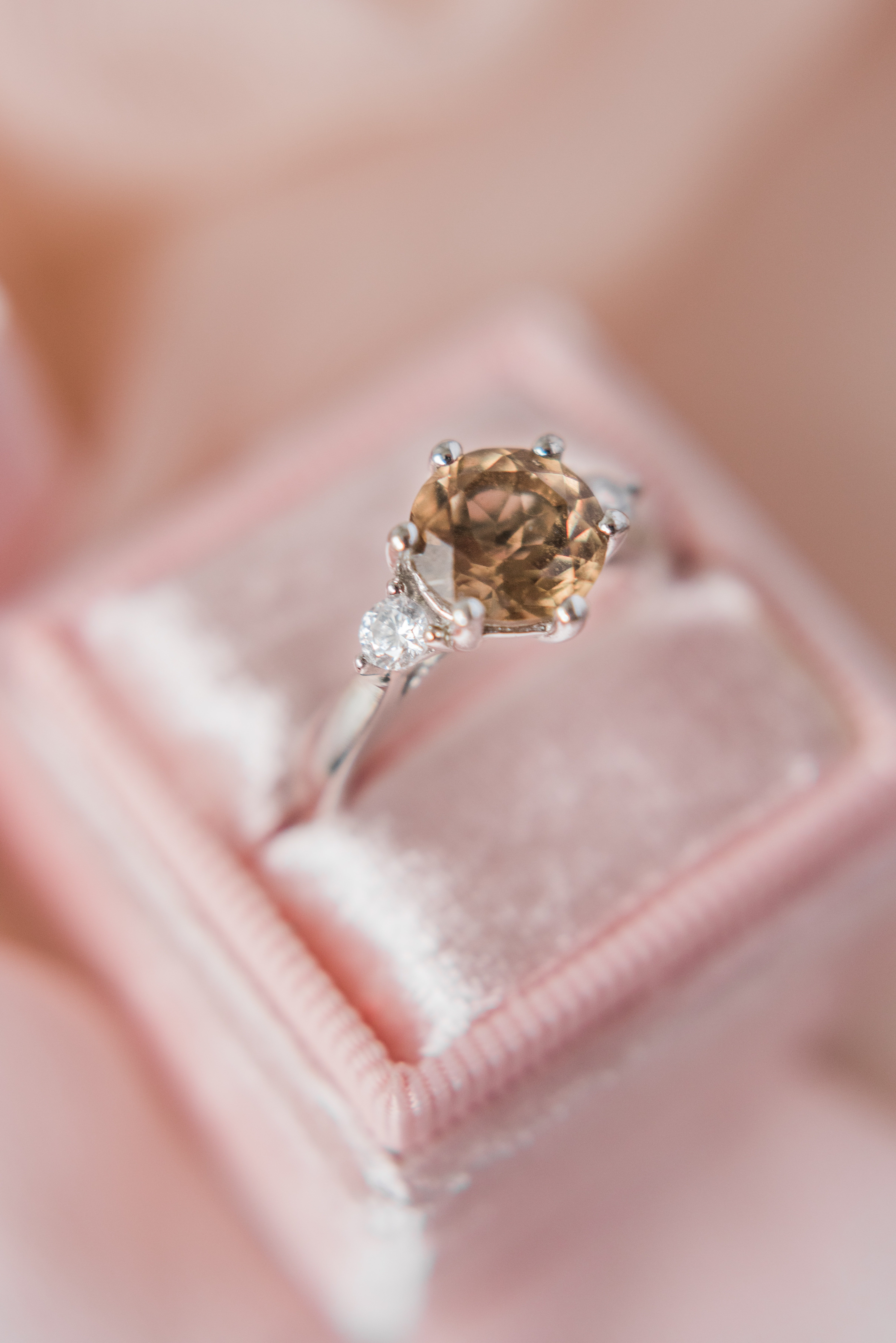 Photo of a diamond ring | Photo: Pexels