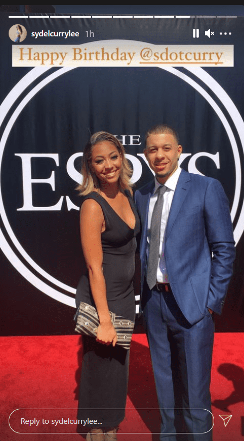 Seth Curry's sister Sydel celebrates him on his birthday with a picture of them posing together | Photo: Instagram/sydelcurrylee