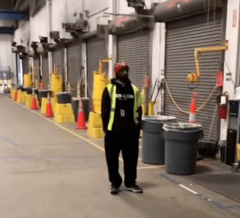 In a viral TikTok video an Amazon employee shows that only a handful of workers are still working in the warehouse   Photo: TikTok/dominic_giannini