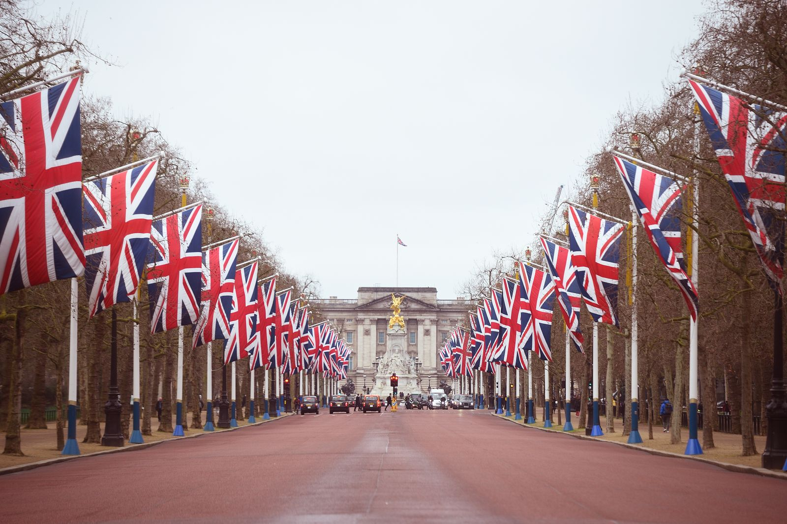 Union flags line The Mall leading to Buckingham Palace in central London on Brexit Day. PA Photo. Picture date: Friday January 31, 2020 | Photo: Getty Images