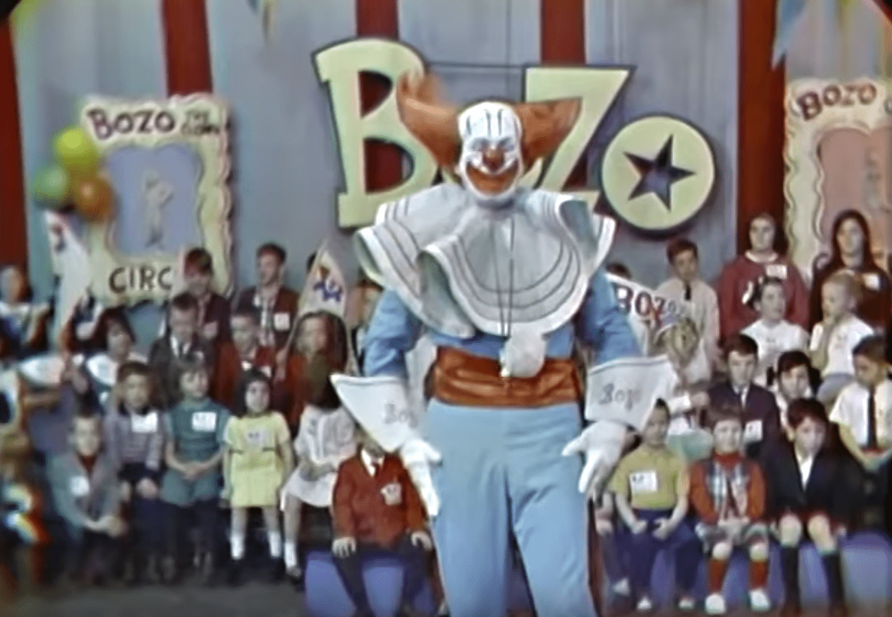 Frank Avruch  as Bozo the clown during one of his shows | Source: YouTube/VintageTelevision