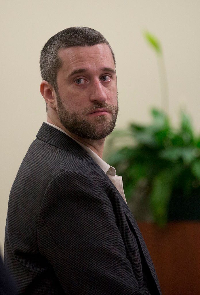 Dustin Diamond looks over at his attorneys during his trial in the Ozaukee County Courthouse May 29, 2015 in Port Washington, Wisconsin | Photo: GettyImages