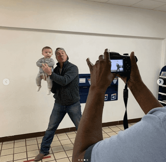 Chip Gaines trying to hold baby Crew steady for his first passport pic | https://www.instagram.com/joannagaines/