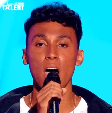 Damien et sa reprise émouvante de «Papaoutai» - La France a un incroyable talent 2019. | Photo : Youtube/Léa Hrt