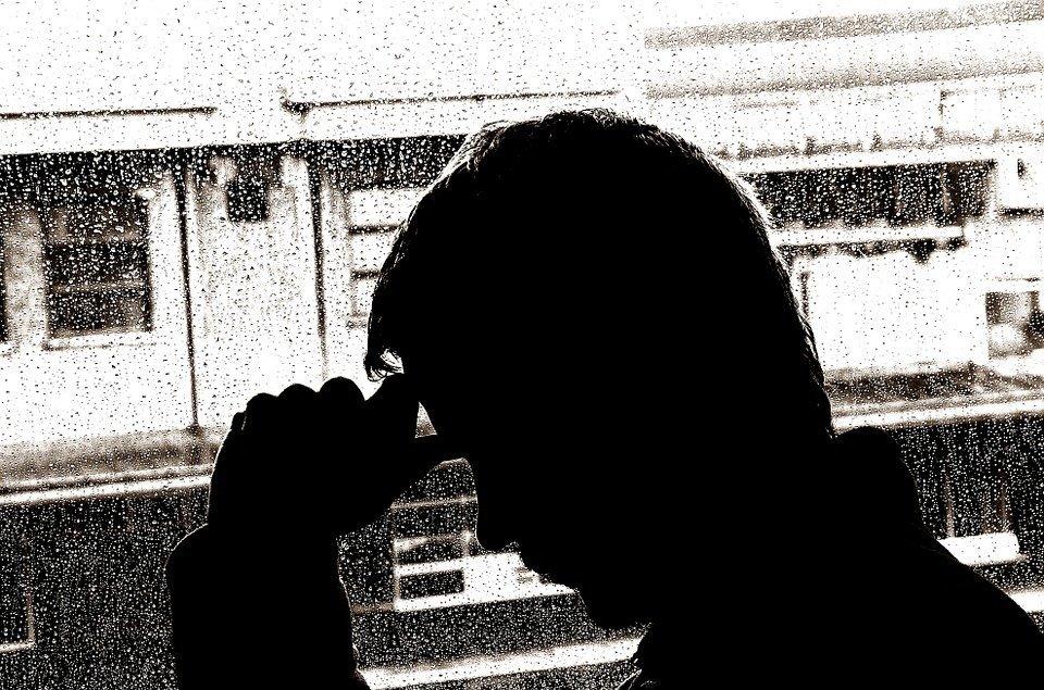 Persona enferma / Imagen tomada de: Pixabay
