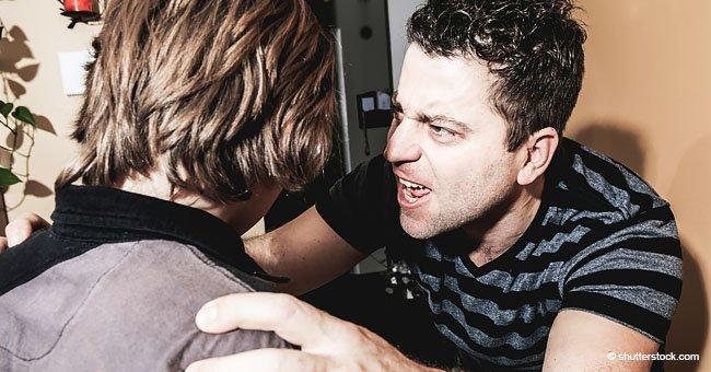 Eltern, die ihren Sohn jahrelang für seine Homosexualität misshandelten, endlich inhaftiert