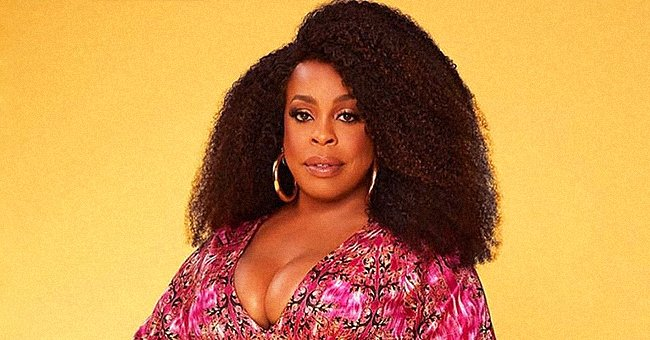 Niecy Nash Poses in a Gorgeous Pink Gown and Reveals She's Going on Hiatus – Here's Why