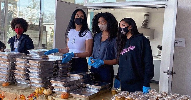 Aoki Lee Simmons Serves Thanksgiving Meals with Mom Kimora & Siblings to Residents of Skid Row