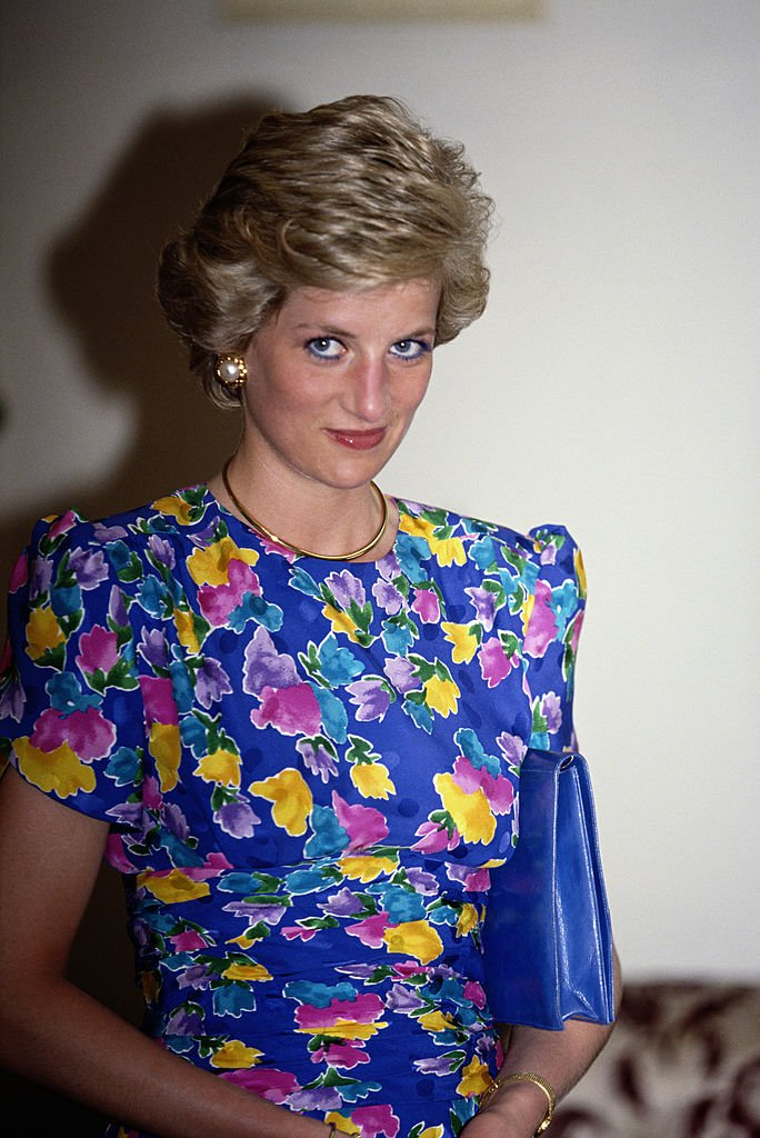 Princess Diana poses at the State House in Lagos, Nigeria in March 1990   Photo: Getty Images