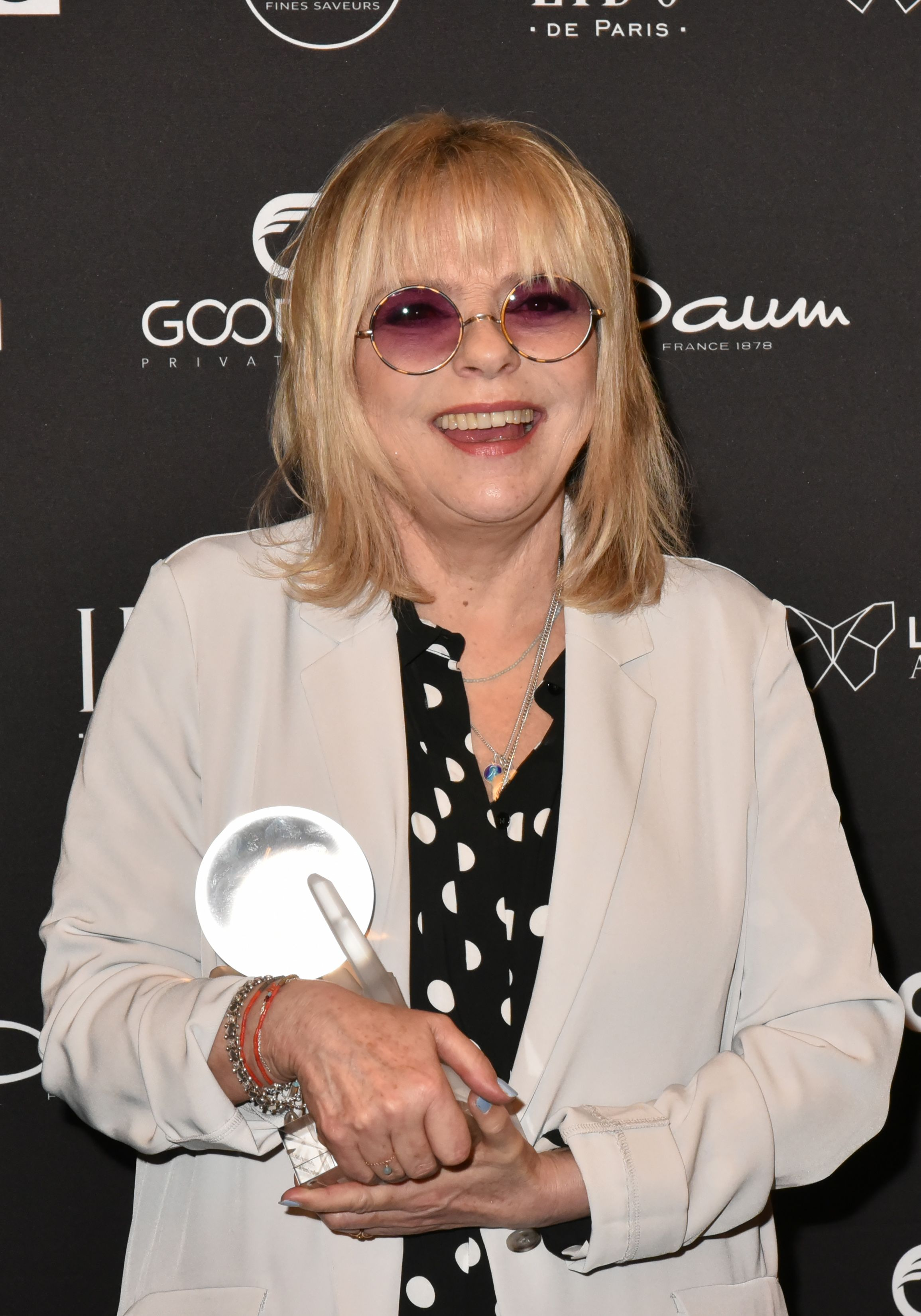 France Gall assiste aux Globes de Cristal Awards 11e cérémonie au Lido le 30 janvier 2017 à Paris, France. | Photo : Getty Images