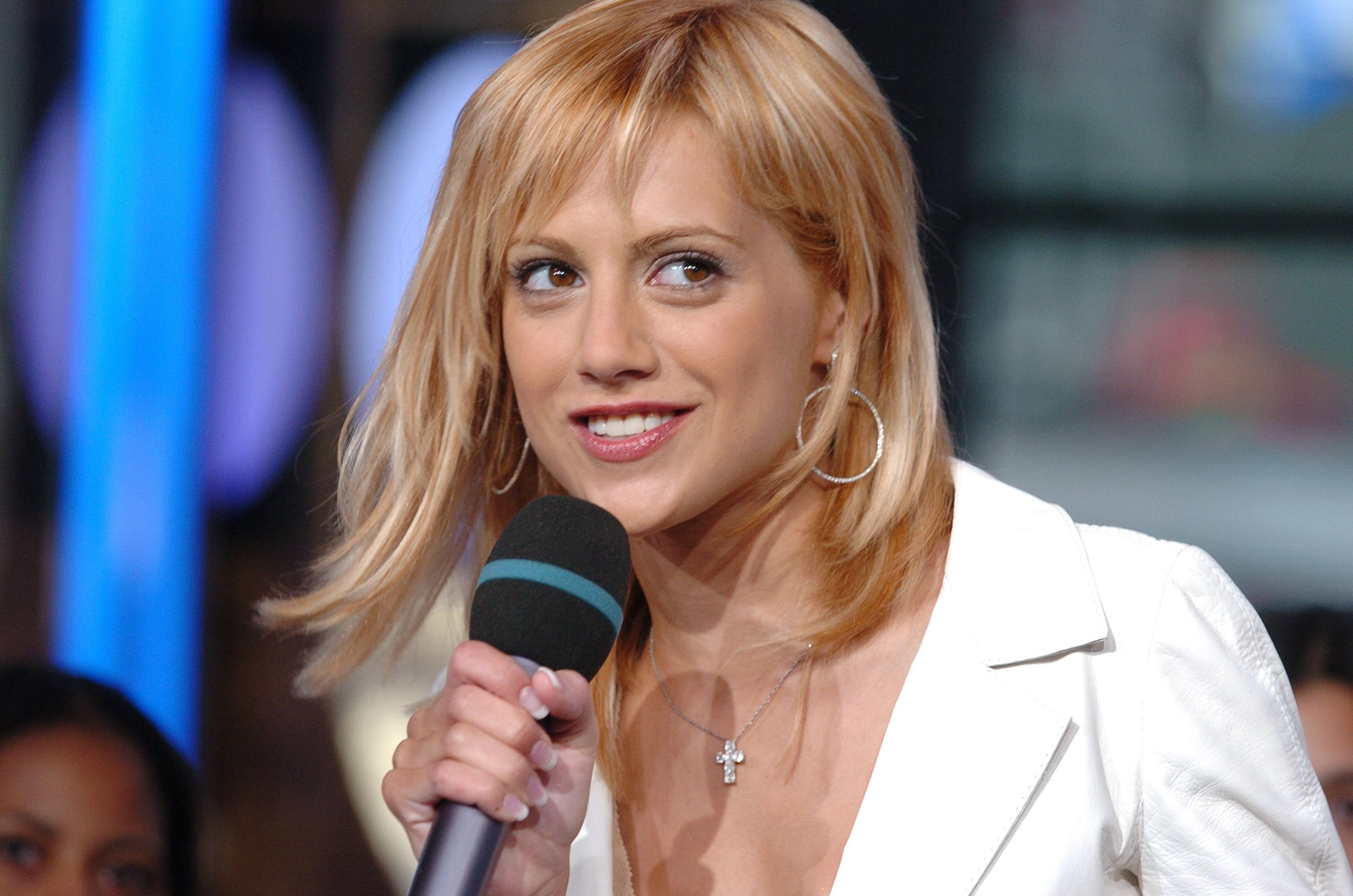 """Brittany Murphy at MTVs """"TRL"""" on August 6, 2004 